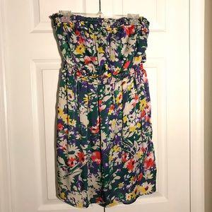 Dresses & Skirts - Imaginary Voyage strapless floral dress